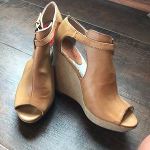 Unlisted Kenneth Cole Production wedges